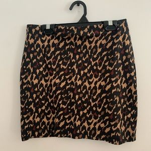 🔥3 for 25$🔥 H&M Cheetah mini skirt!
